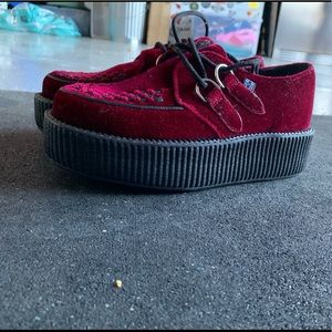 Tuck Velvet Shoes